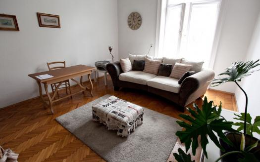 andrassy ut flat for rent affitto centro budapest